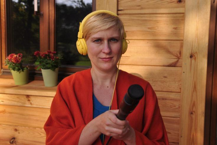 Katarzyna Błaszczyk z mikrofonem