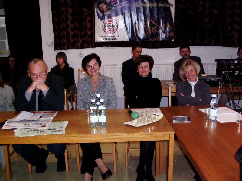 od lewej:Janusz Kukuła, Irena Piłatowska, Anna Sekudewicz, Janina Jankowska na seminarium w Kziemierzu
